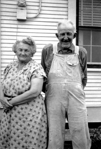 Grandma-and-Pop-Manthei