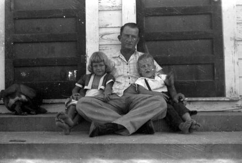 Grloria-bob-manghei-and-Dad
